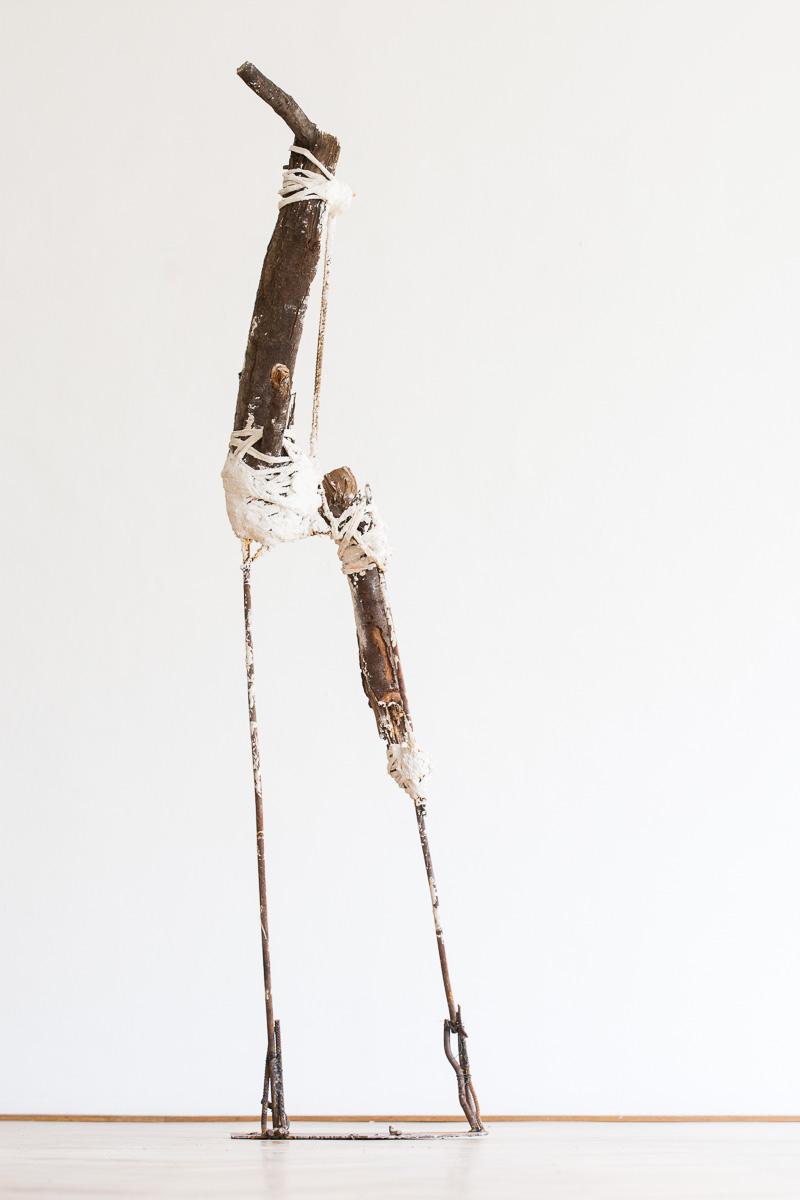 KörperGebilde, wood, iron, textil, plaster, 235 cm x 65 cm x 60 cm, 2014. photo: Walter Wetzler